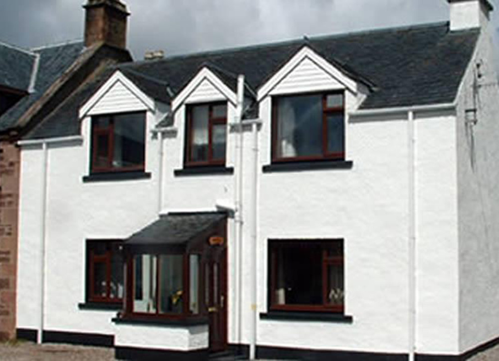 Dunvegan House